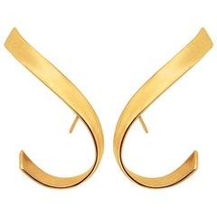 Twist earrings in Rose Gold Vermeil by Liv Luttrell