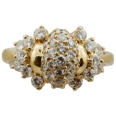 Contemporary Diamond Ring in 18 Karat Yellow Gold