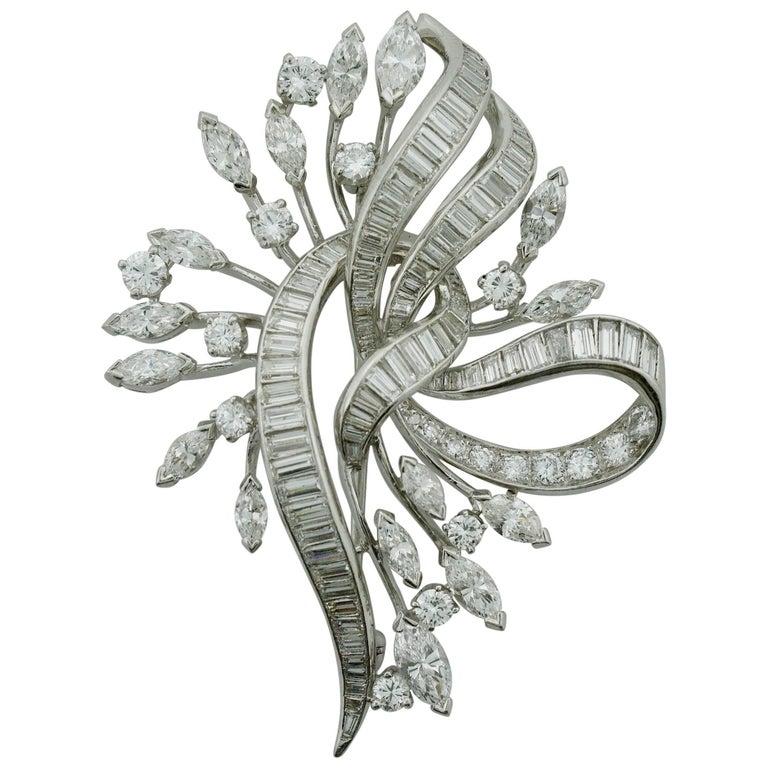 Exquisite Diamond Platinum Brooch, circa 1940s