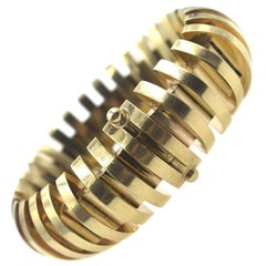 Retro Wide Ribbed Link Yellow Gold Bracelet