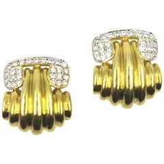 Diamond 18 Karat Yellow Gold Ribbed Clip Earrings