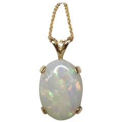 Australian 3.65 Carat Cooper Pedy White Opal Oval Cabochon Gold Pendant