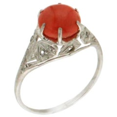 Coral 18 karat White Gold Diamonds Cocktail Ring