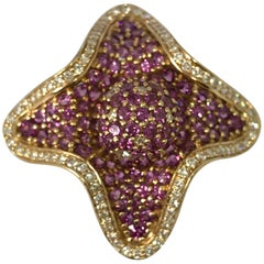 Yellow Gold Diamond and Amethyst Flower Ring