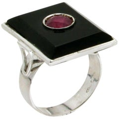 Ruby Gold Onyx Cocktail Ring