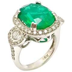 5.01 Carat Oval Natural Emerald and Diamond White Gold Cocktail Ring