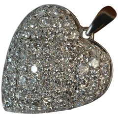 18 Carat White Gold 1.50 Carat Diamond Heart Pendant