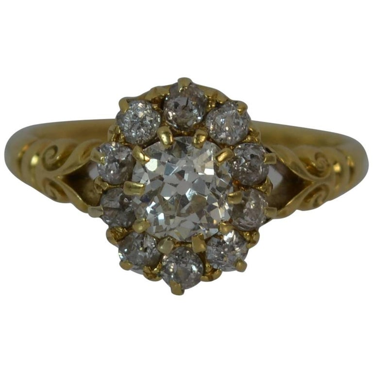 Victorian 1.30 Carat Old Cut Diamond 18 Carat Gold Cluster Ring