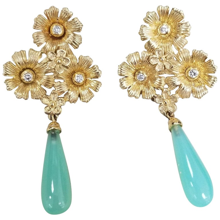 14 Karat Yellow Gold Flower Earrings with Diamonds and Chalcedony Drops