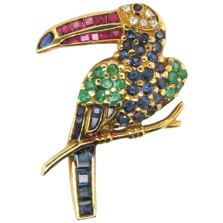 18 Karat Yellow Gold Vintage Multicolored Toucan Bird Brooch
