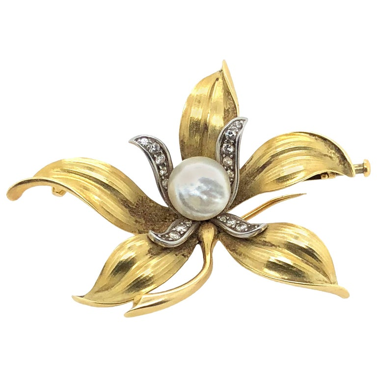 18 Karat Yellow Gold Art Nouveau Diamond and Pearl Set Flower Brooch
