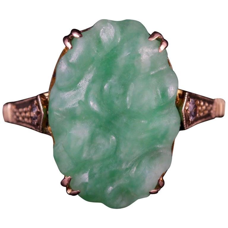 Antique Victorian Jade Ring Spinel 9 Carat Gold, circa 1900