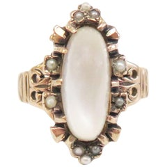 Art Nouveau 1910s Moonstone and Seed Pearls Ring, 14 Karat Rose Gold