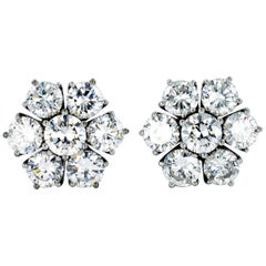 Diamond White Gold Cluster Earstuds