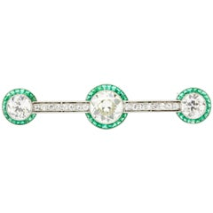 Art Deco Platinum Old European Cut Diamond Emerald Halo Bar Pin