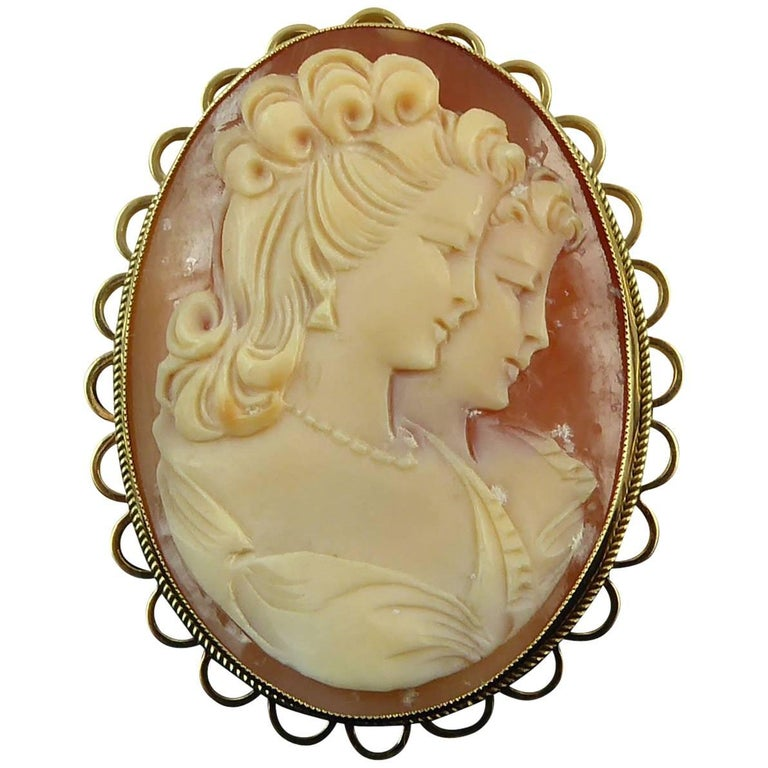 Modern Cameo Brooch, Carved with Reflection, Yellow Gold
