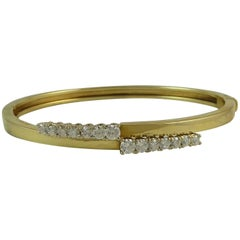 Vintage 1.02 Carat Diamond Bangle, G/H Color, VS1-SI1 Clarity, Yellow Gold, 1991