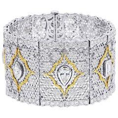17.36 Carat 18 Karat Two-Tone Gold Antique Bracelet
