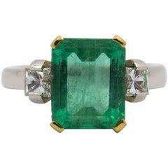 4.34 Carat Emerald 0.44 Carat Diamond White Gold Ring