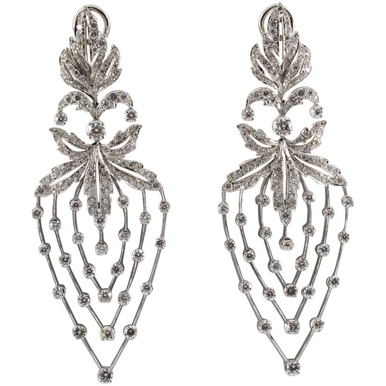 5 80 Carat White Diamond Gold Clip On Chandelier Earrings For