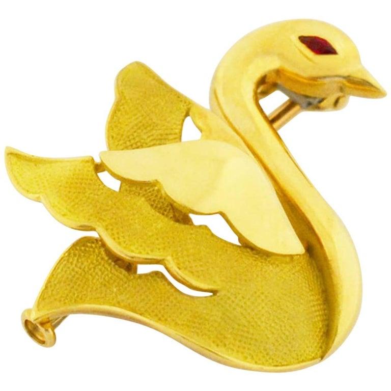 Mauboussin Ruby Swan Brooch 750 18 Karat Yellow Gold Pink Gold White Gold
