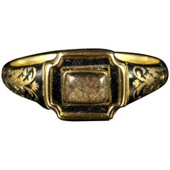 Antique Georgian Mourning Ring 18 Carat, circa 1790