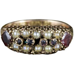 Antique Victorian Cluster Ring Garnet Pearl 15 Carat Gold, circa 1900