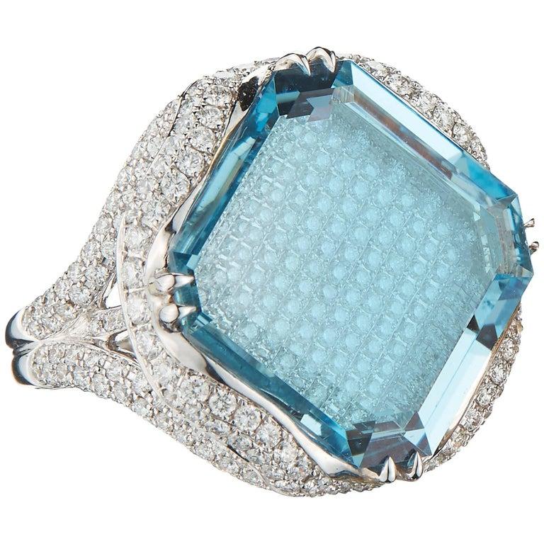 Aquamarine 15.08 Carat and Diamond Ring