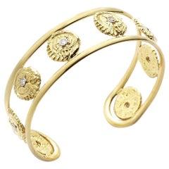 Star Disk Cuff Bracelet 18 Karat Gold G S I Diamonds