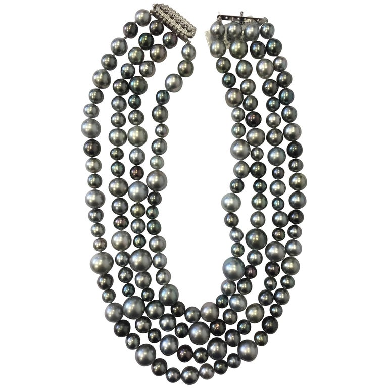 Tahitian Pearl Necklace with White Diamond Clasp in 18 Karat White Gold