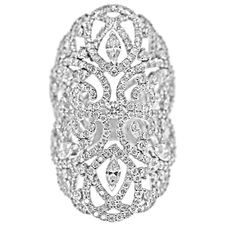 18 Karat White Gold and Diamonds Lace Statement Ring
