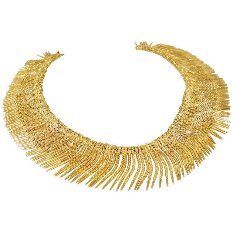 Retro 18 Karat Yellow Gold Unusual Fringe Necklace, circa 1950