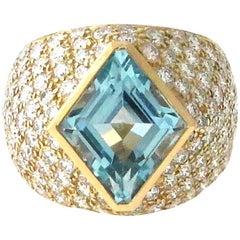 3.74 Carat Aquamarine and Diamond Ring Set in 18 Karat Yellow Gold