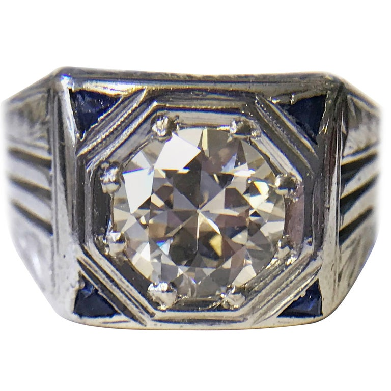 Art Deco 1.41 Carat Diamond and Sapphire White Gold Ring