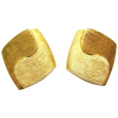 Henry Dunay Brushed 18 Karat Gold Earrings
