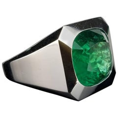 10.67 Carat Emerald and 18 Karat White Gold Men's Band Ring