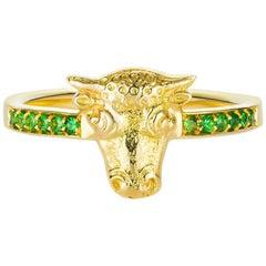 Tauros Bull Tsavorite 18 Karat Gold Ring