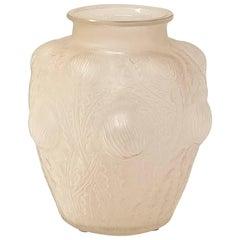 """R. Lalique, """"Domremy"""" Vase, circa 1925"""