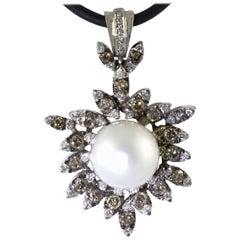 Diamonds Pearl White Gold Pendant
