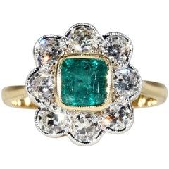 1960s Diamond Emerald Cluster Halo Ring 18 Karat Gold Platinum