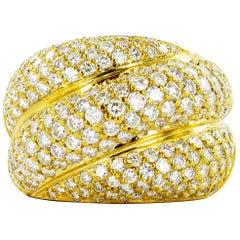 Elegant Diamond Yellow Gold Ring