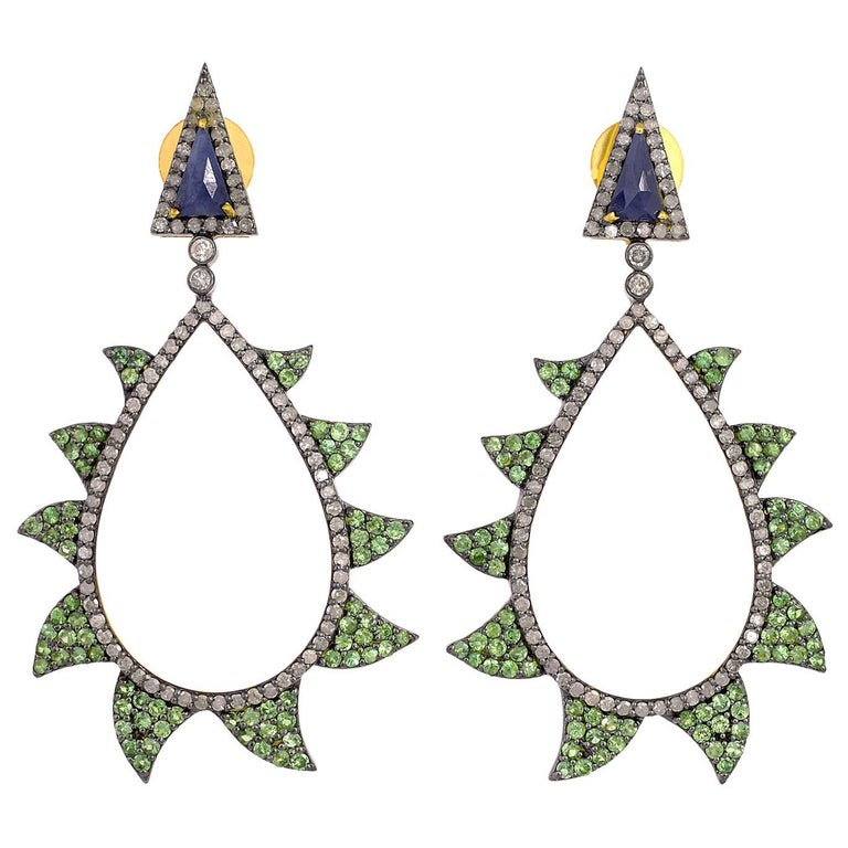 Meghna Jewels Claw Earrings Tsavortie, Blue Sapphire and Diamonds
