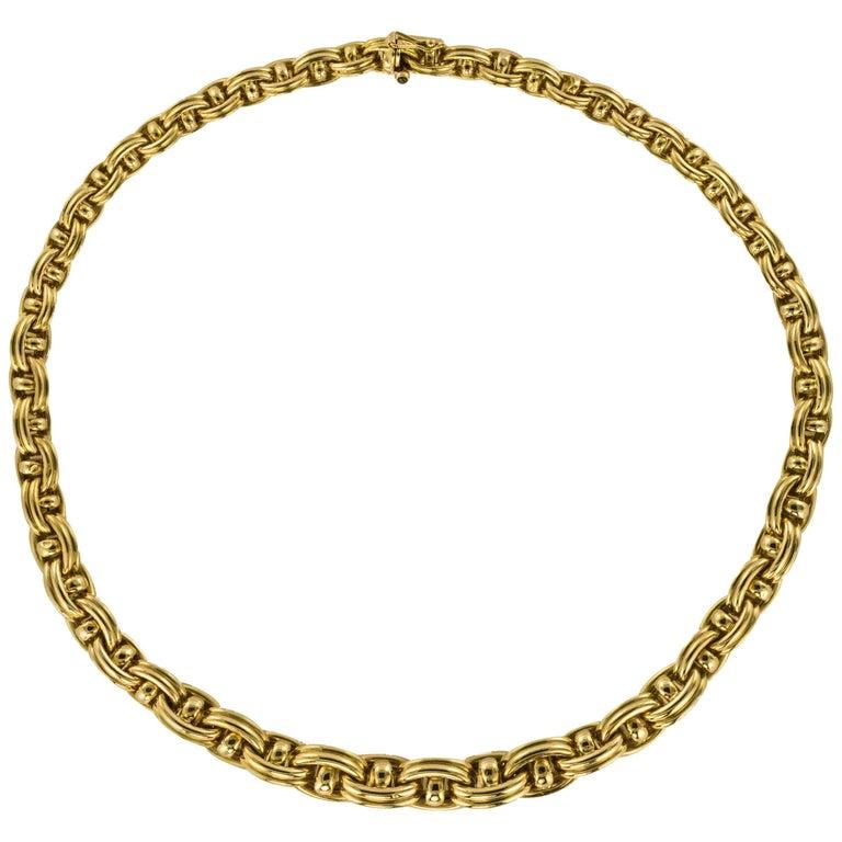 French Vintage 18 Karat Yellow Gold Caplain Link Necklace