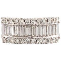 Brilliant Cut Diamonds 18 Karat White Gold Ring