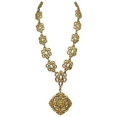 David Webb Gold Link Necklace and Pendant