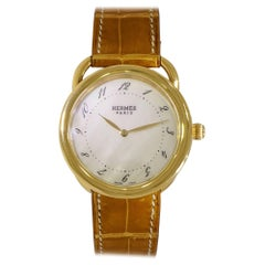 Hermes Ladies Yellow Gold Arceau quartz Wristwatch