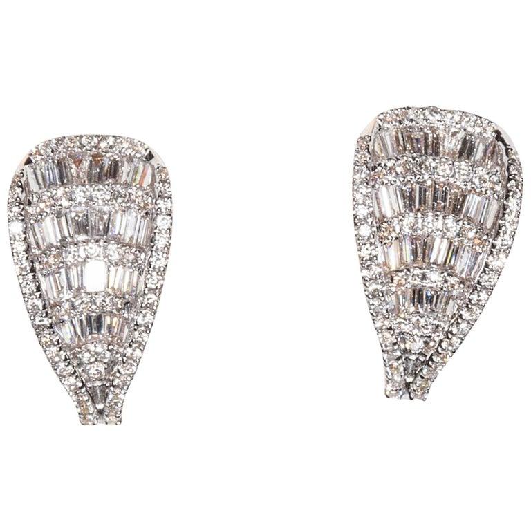 Stunning Art Deco Diamond and Gold Stud Earrings
