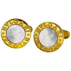 Bvlgari Onyx and Mother-of-Pearl Shell 18 Karat Yellow Gold Cufflinks