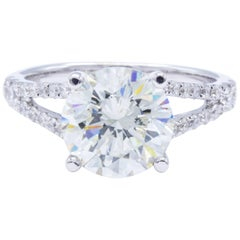 David Rosenberg 2.87 Carat Round Shape 18 Karat Gold Diamond Engagement Ring