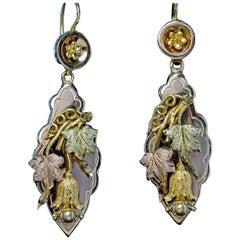 Antique Victorian Grape Vine Motif Gold Earrings